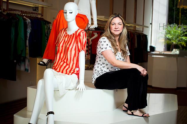 Fabiana Mota, que trabalha em lojas há 25 anos e já viu clientes furtando peças no provador